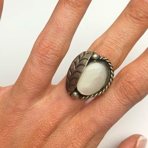 Vintage Navajo squash blossom mother of pearl ring